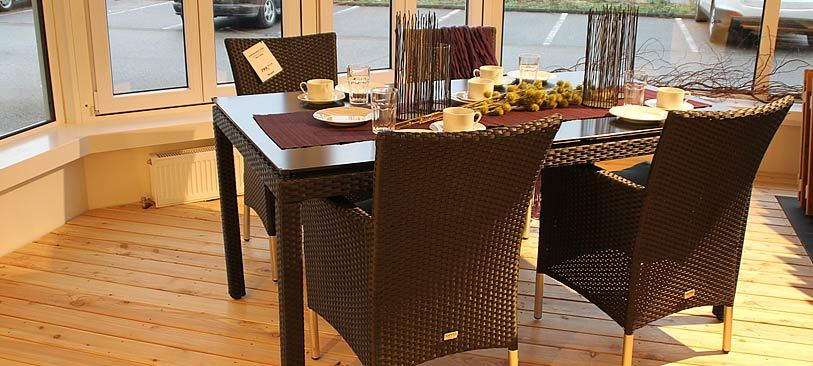 ausstellung in freiburg habisreutinger. Black Bedroom Furniture Sets. Home Design Ideas